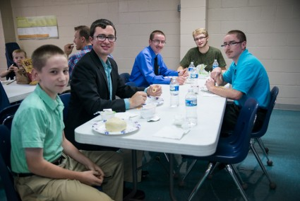 Lunch time is a great opportunity to fellowship.