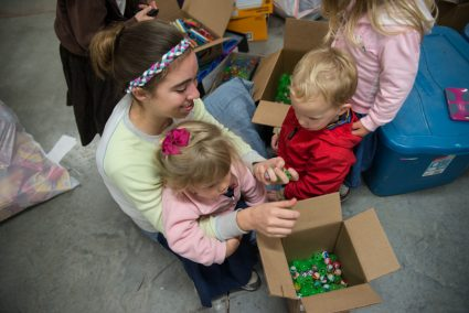 Mary counting balls with little helpers.